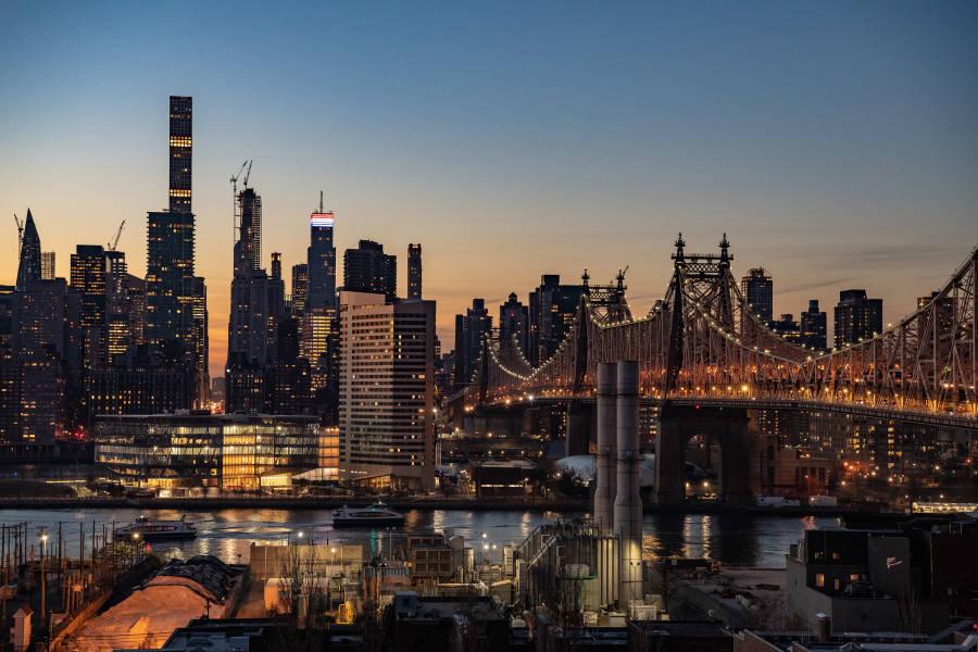 Z hotel, Skyline Views, LIC, Queens, Julienne Schaer