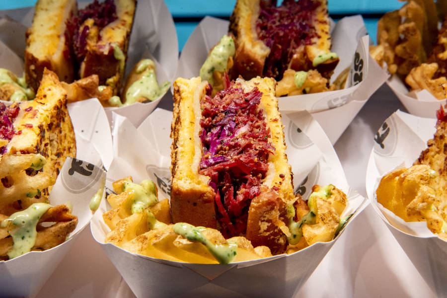 Best New Food at Mets and Yankees Games – What to Eat at ...