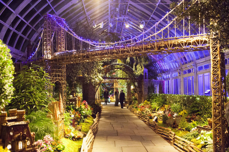 NYBG Holiday train show nyc