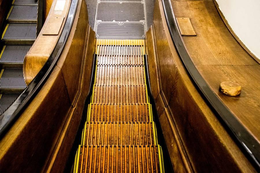 Macy's herald square, escalator, stairs