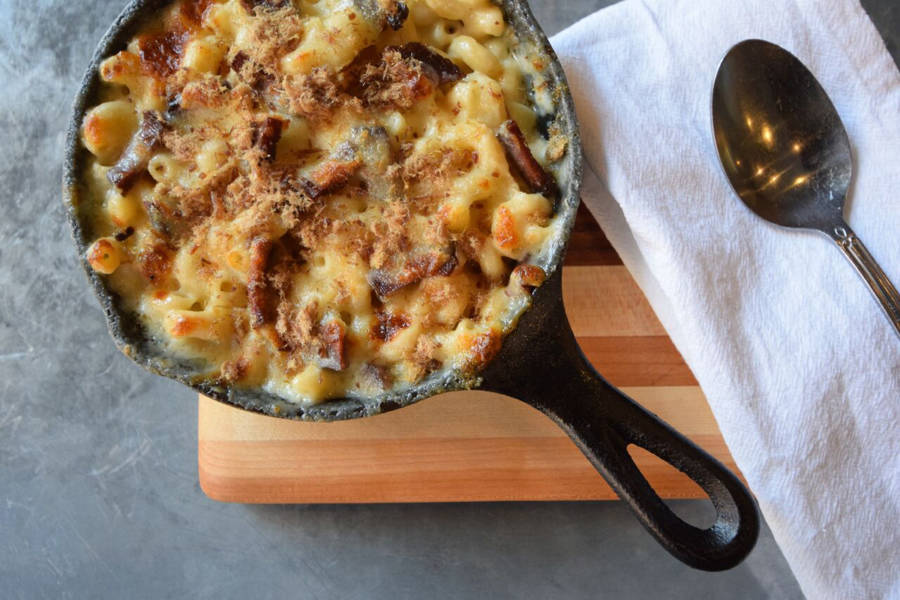 Kaia wine bar, mac and cheese
