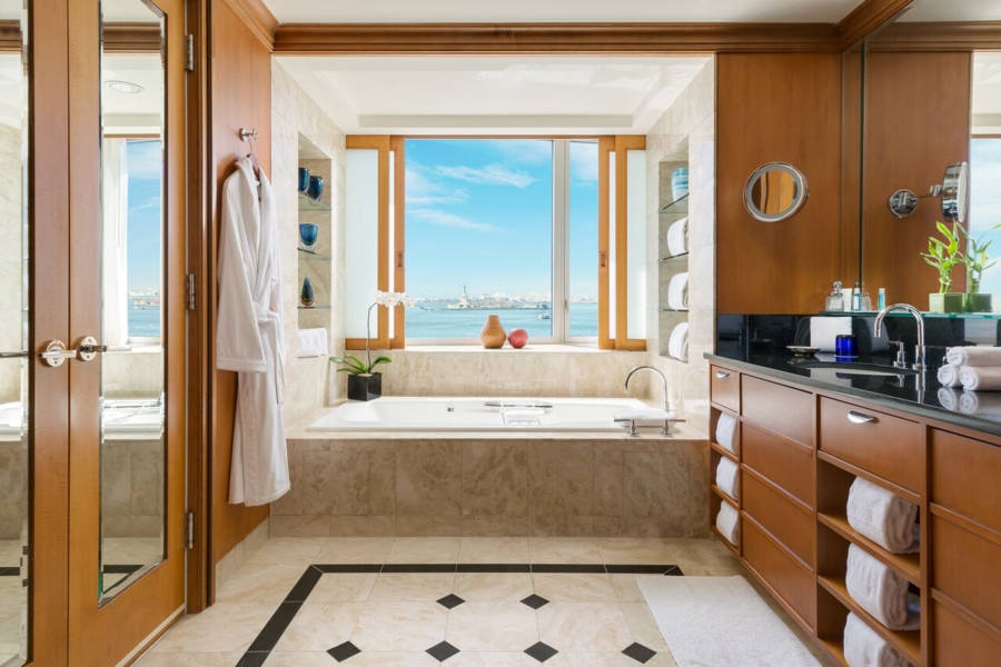 wagner hotel, presidential bathroom