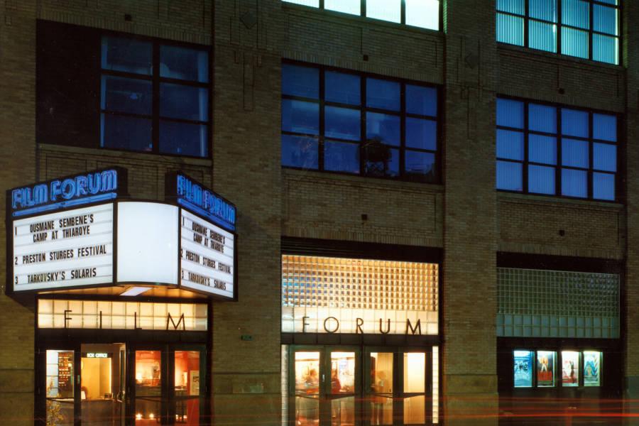 Film Forum, exterior