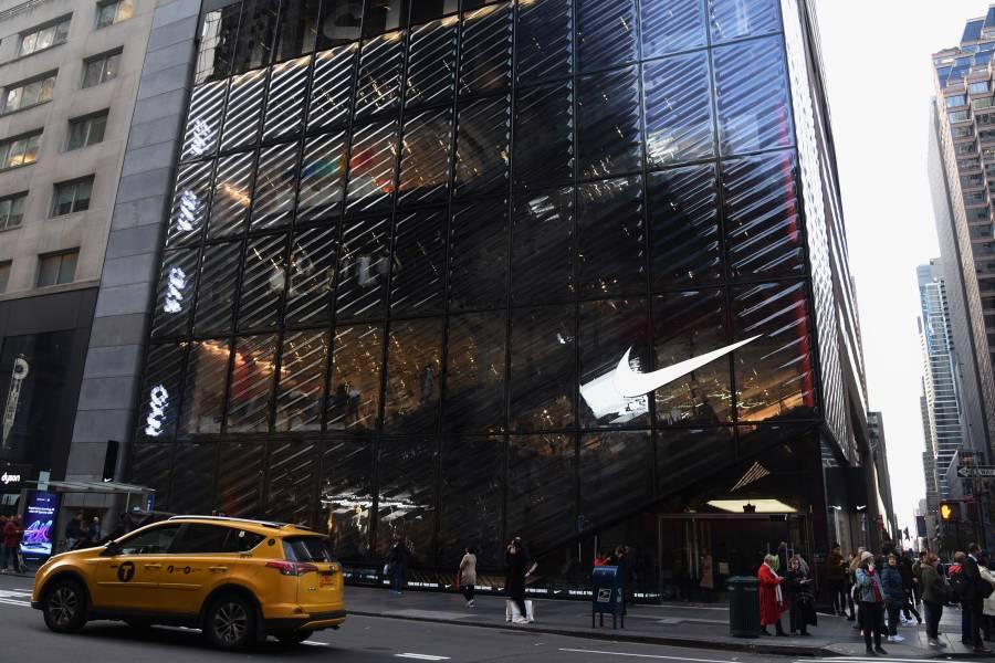 marea tristeza Reunión  Shopping on Fifth Avenue | Shopping