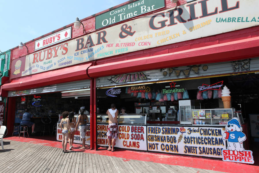 Ruby's Old Tyme Bar and Grill, Coney island, Brooklyn, BK