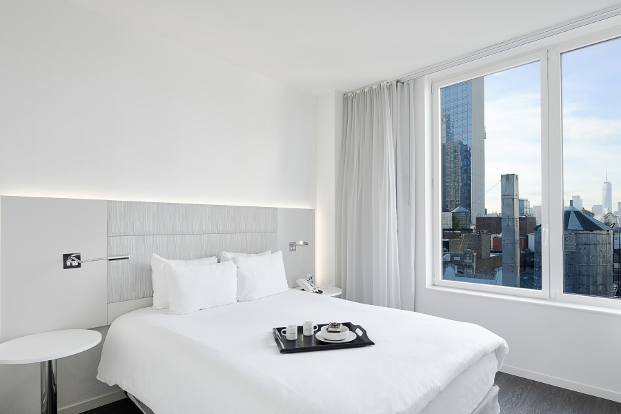 guest room at Innside by Melia, hotel, Manhattan, NYC