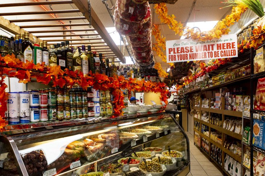 Arthur Ave, Belmont, Bronx, Brittany Petronella, NYC, New York City, Italian Food, Italian Food in NYC, Casa Della Mozzarella