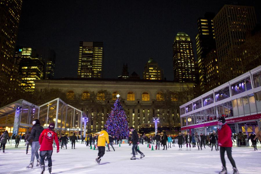 Ice Skating, Holiday, NYC Holiday, Ice skating Bryant Park, Bryant park, NYC, Brittany Petronella