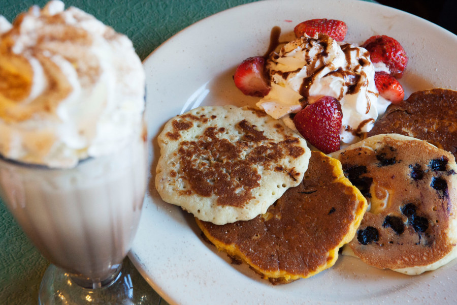 Toms Restaurant pancakes and milkshake