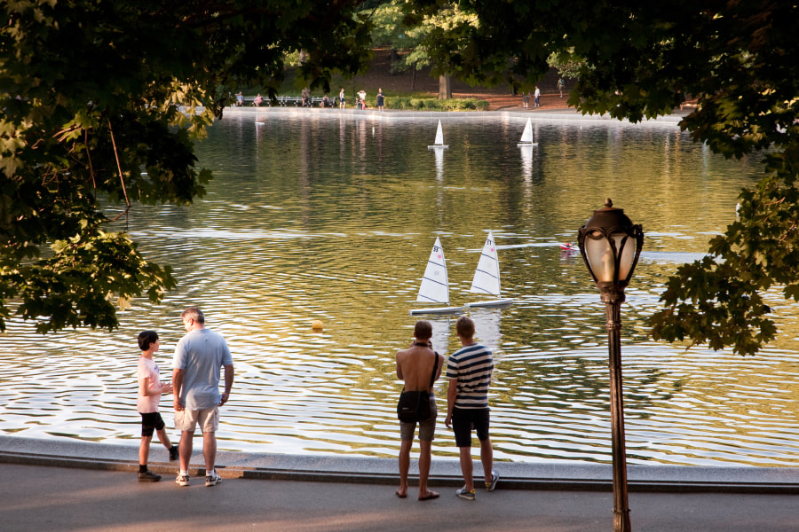 Conservatory Water Garden Model Sail Boat