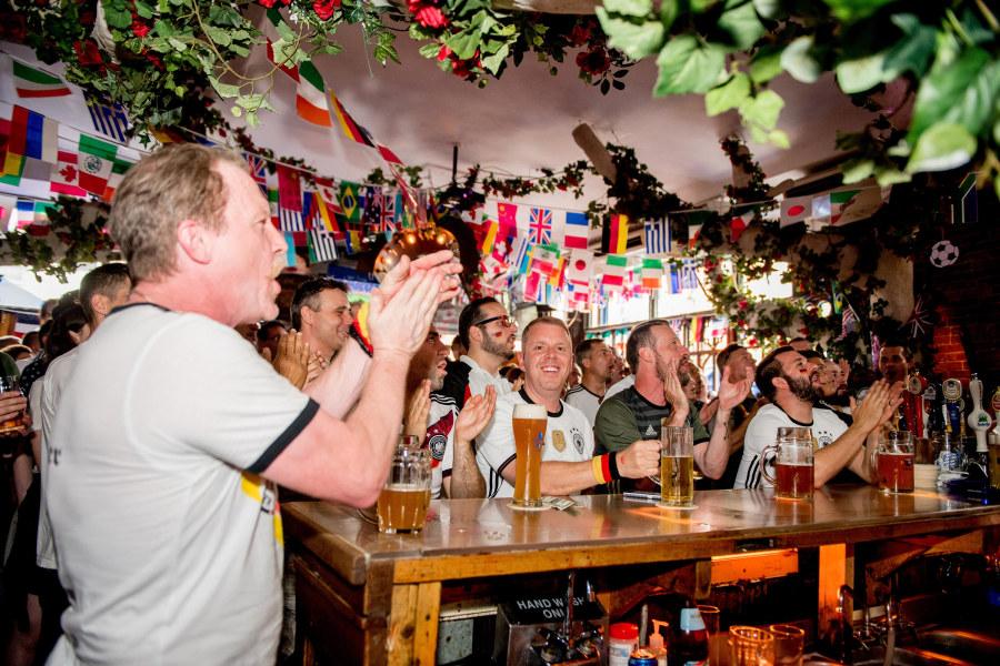 Zum Schneider bar, interior