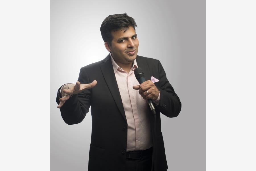 Amit Tandon, headshot