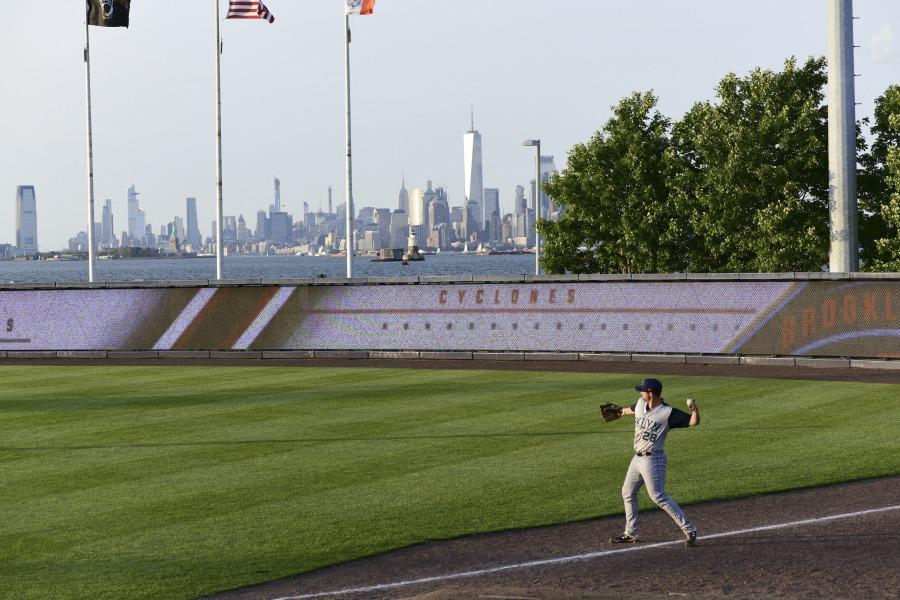 Staten Island Yankees, Brooklyn Cyclones